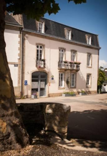 La Glycinière Chambres d'Hôtes : Bed and Breakfast near Beuzec-Cap-Sizun