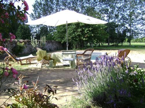 La Maison Haute : Bed and Breakfast near Aubigné-sur-Layon