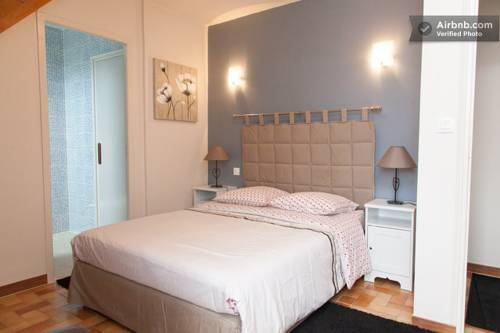 La Grille Dorée : Bed and Breakfast near Saint-Martin-le-Beau