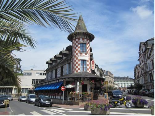 Hôtel La Potinière Du Lac : Hotel near La Ferté-Macé