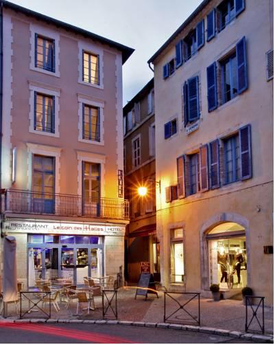Hôtel Le Coin des Halles : Hotel near Midi-Pyrénées