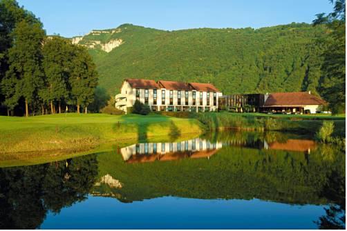 Golf Hôtel Grenoble Charmeil : Hotel near Tullins