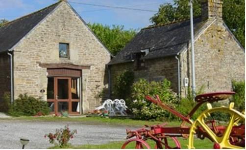 Gîte du Roi Morvan : Guest accommodation near Ploërdut
