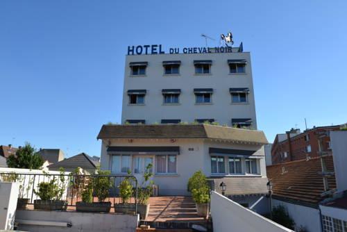 Le Cheval Noir Hôtel Paris Pantin : Hotel near Romainville