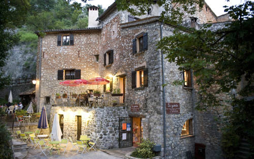 La Guerite : Bed and Breakfast near Sausses
