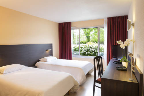 Escale Oceania Brest : Hotel near Bourg-Blanc