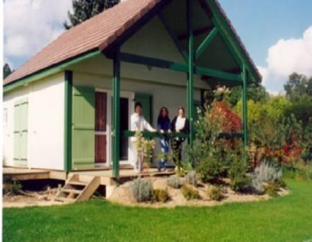 Village-Chalets Le Rû du Pré : Guest accommodation near Arcy-sur-Cure