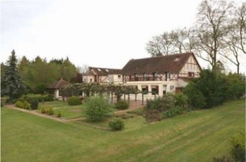 Le Coq Hardi : Hotel near Bulcy