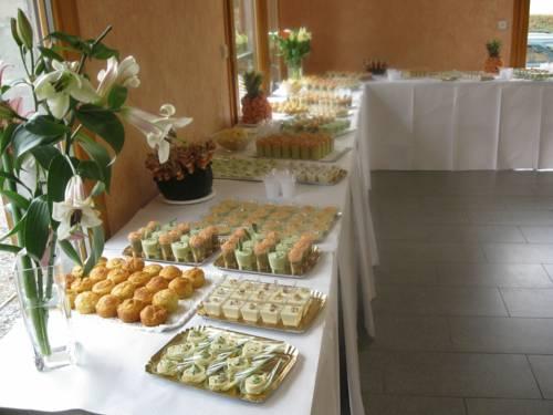 La Tour D'ivoire : Hotel near Reignier-Esery