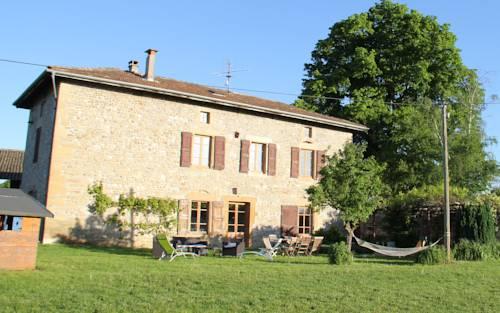 B&B Les écuries du Fournel : Bed and Breakfast near Saint-Lattier