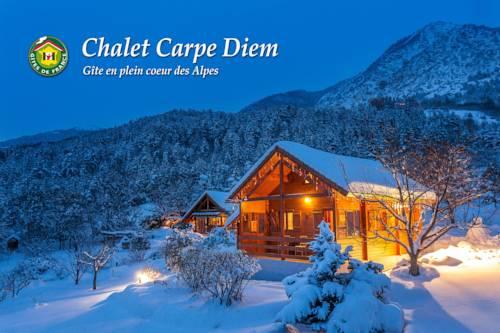 Chalet Carpe Diem : Guest accommodation near La Bâtie-Vieille