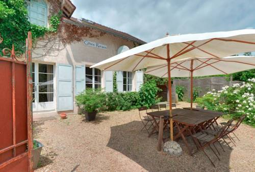Gîtes du Jardin Francais : Guest accommodation near Othis