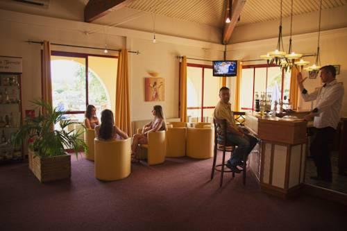 Hôtel Solenca : Hotel near Caupenne-d'Armagnac