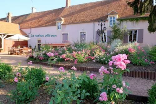 La Chaume des Buis : Bed and Breakfast near Lételon