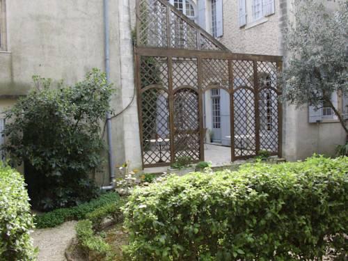 Le Sévigné - Chambres d'Hôtes : Bed and Breakfast near Pierrelatte