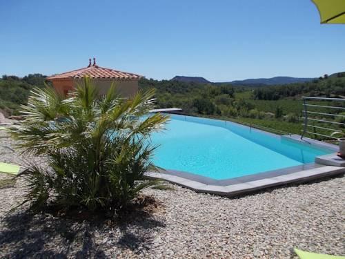 Villa Le Tournesol : Guest accommodation near La Vacquerie-et-Saint-Martin-de-Castries