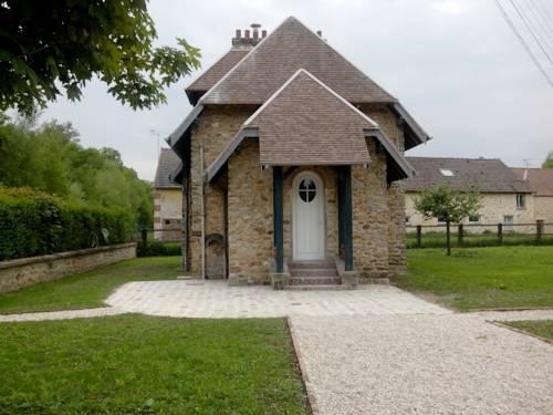 Le Gîte du Bois : Guest accommodation near Favières