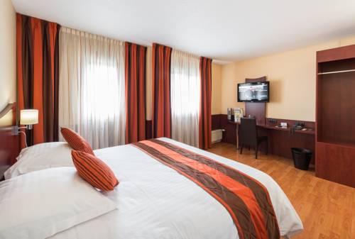Logis Hotel Center : Hotel near Brest