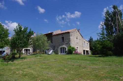 Chambres d'Hotes La Grange au Negre : Bed and Breakfast near Valvignères