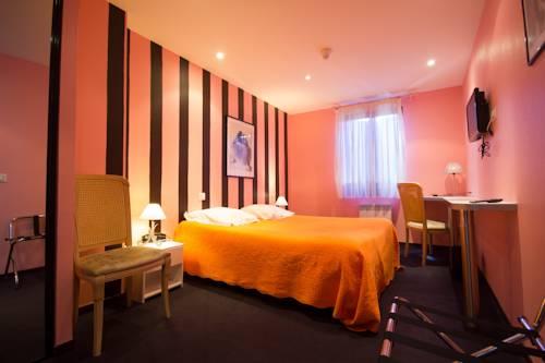 Hôtel Restaurant Le Calas : Hotel near Saint-Sever-du-Moustier