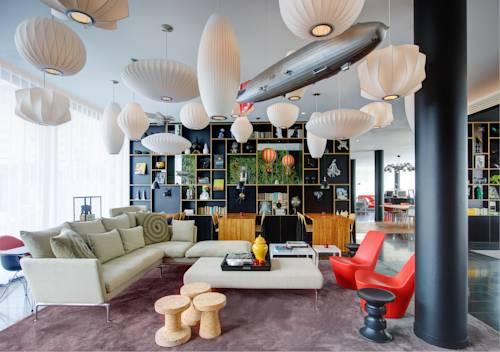 citizenM Paris Charles de Gaulle Airport : Hotel near Survilliers