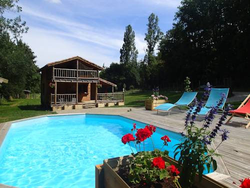 La Ferme du Bonheur : Guest accommodation near Aubiac