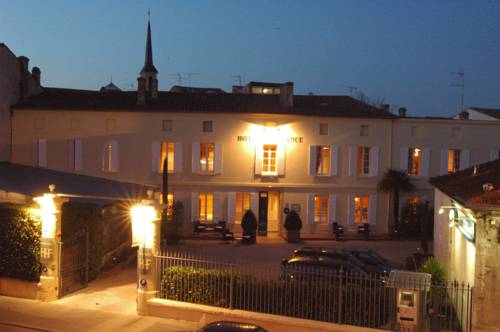 Hôtel de France : Hotel near Gironde