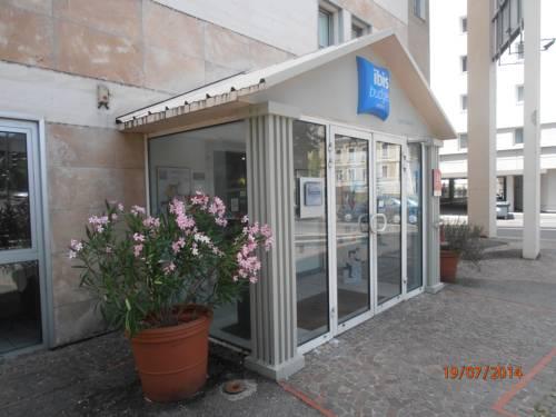 Ibis Budget Lyon Caluire Cité Internationale : Hotel near Caluire-et-Cuire