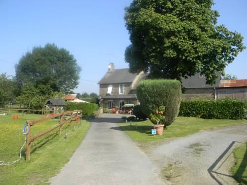 Le Douet Allan : Bed and Breakfast near Saint-Hilaire-du-Harcouët