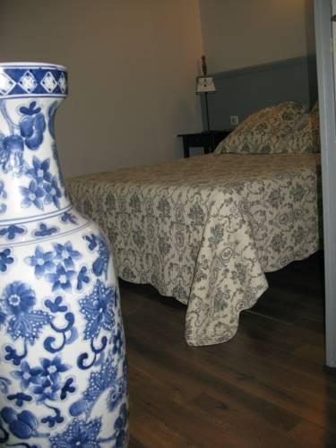 Home Nantua studio meublés Ain-Jura : Apartment near Brion