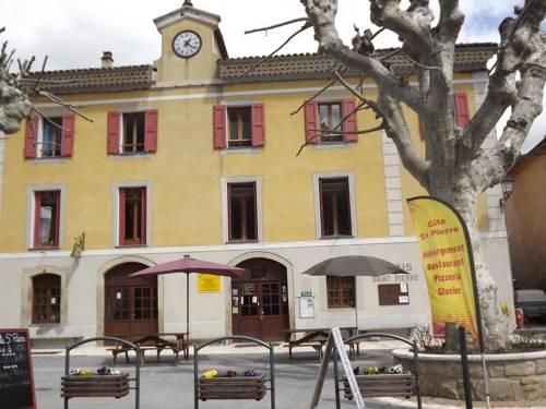 Gite St Pierre : Guest accommodation near Saint-André-les-Alpes