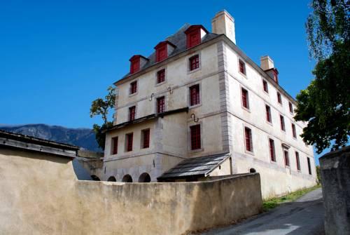 Le Pavillon des Officiers : Guest accommodation near Champcella