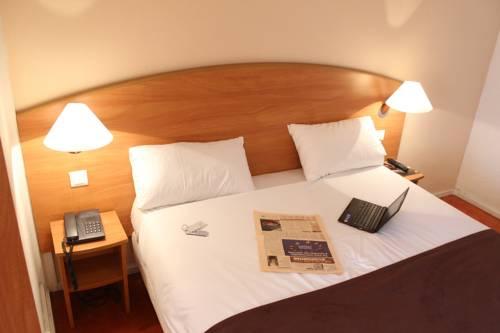 Central Hotel : Hotel near Saint-Maur-des-Fossés