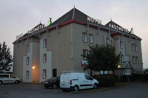 Fasthotel Montereau - Esmans : Hotel near Thoury-Férottes