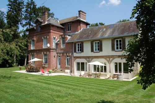 Le Manoir du Menillet : Bed and Breakfast near Haravilliers