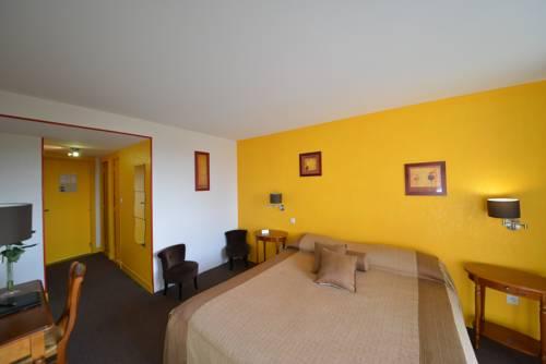 Hotel Bomotel : Hotel near Colombier