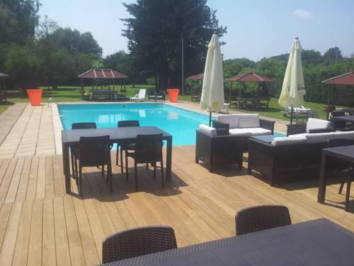 Inter-Hotel Mâcon Nord La Vieille Ferme : Motel near Bâgé-la-Ville