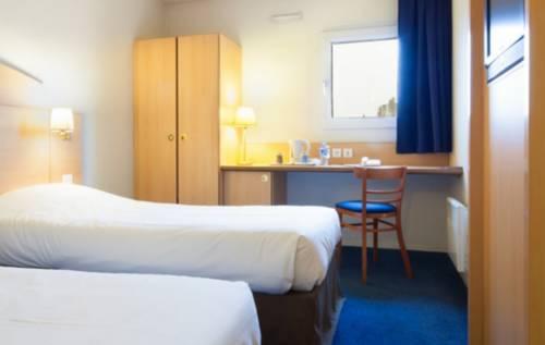 Kyriad Fresnes : Hotel near Fresnes