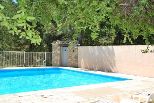 Gîtes du Domaine de Serre Long : Guest accommodation near Gras