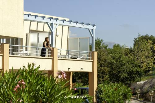 Appartéa Golf Side : Guest accommodation near Biot