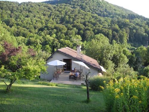 La Maison Imparfaite : Apartment near Lomont-sur-Crête