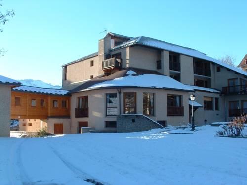 Le Catinat Fleuri : Hotel near Guillestre