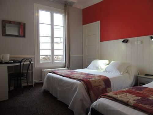 Hôtel Le Hussard : Hotel near Saint-Germain-du-Corbéis