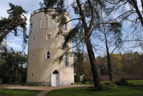 Domaine de la Geneste : Guest accommodation near Saint-Rémy-lès-Chevreuse