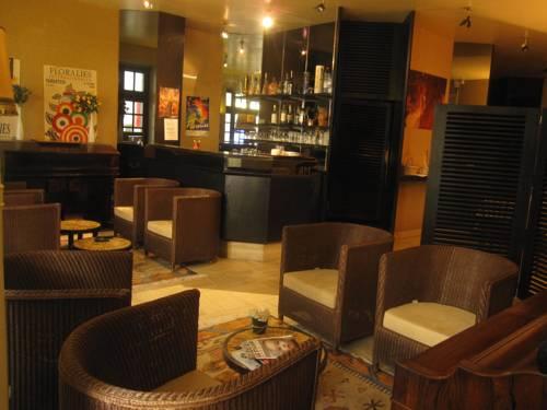 Hotel Des 3 Marchands : Hotel near Loire-Atlantique