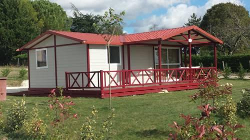 Le domaine Du Rossignon : Guest accommodation near Beauziac