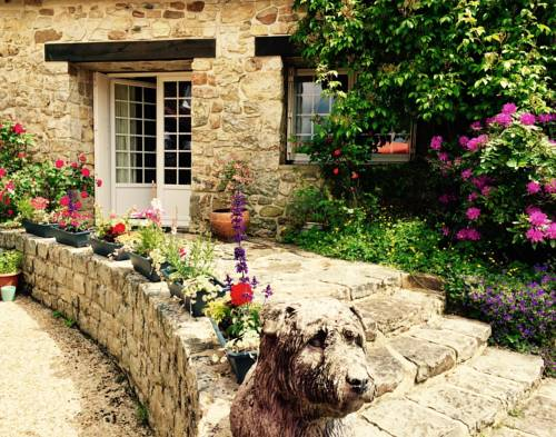 Les Poppies : Bed and Breakfast near Antoigny