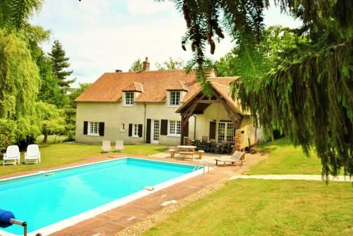 Ecrevisse : Guest accommodation near Alligny-Cosne