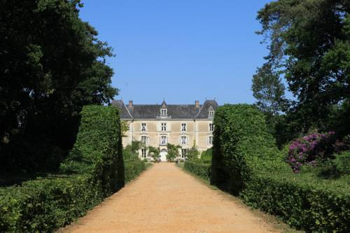 Château De Chambiers : Bed and Breakfast near Baracé
