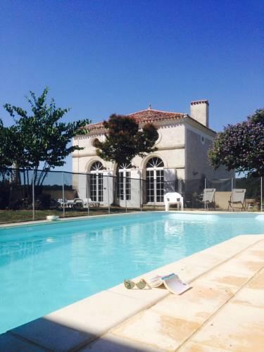 Les Bastides du Golf d'Albret : Apartment near Ambrus
